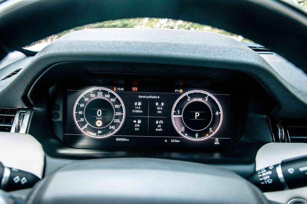 Digitálny prístrojový panel ponúka viacero možností vyobrazenia