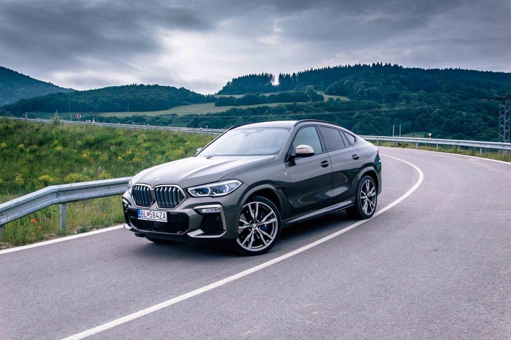 Test: BMW X6 M50i