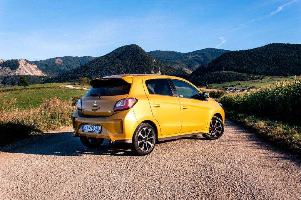 Pod atraktívny dizajn sa podpísala nielen výrazná žltá farba ale aj optický balík Sport