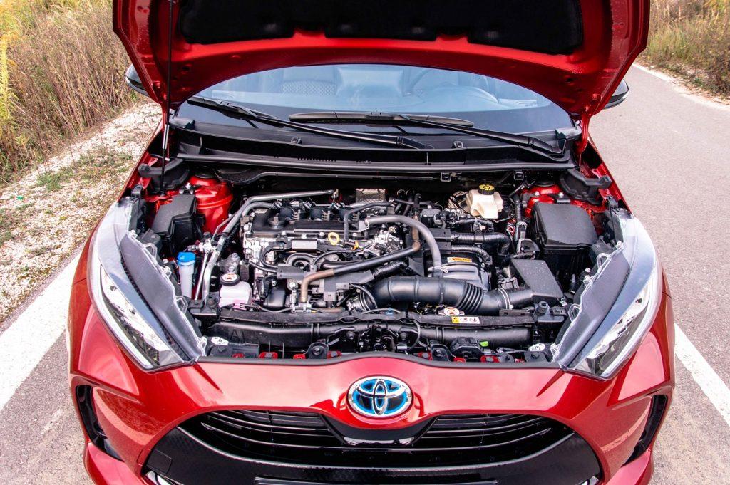 Hybridná motorizácia s prívlastkom Dynamic Force je podľa očakávania pýchou modelu Yaris