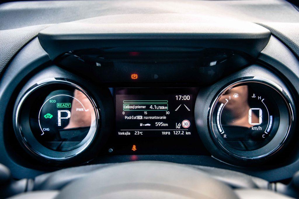 Hybrid ponúka tradične špičkovú spotrebu paliva