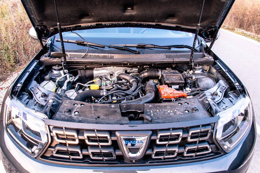 Základná motorizácie TCe 100 dokáže okrem benzínu spaľovať aj LPG